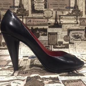 Marc by Marc Jacobs peep toe pumps size 39.5 black